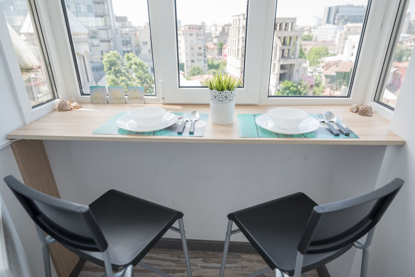 Dining table with a beautiful view