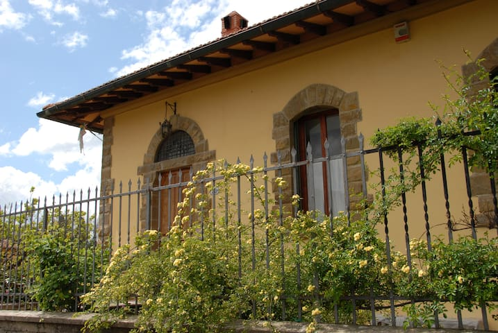 Le Campora, apartment on the hill of Marignolle
