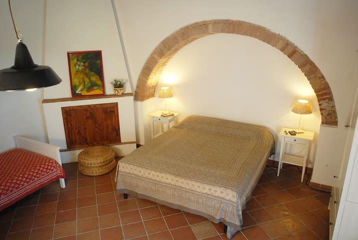 Romantico monolocale in un tipico casale toscano
