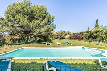Villa 128 m²-8 personnes-Piscine-3 chambres-3 sdb - Mallemort