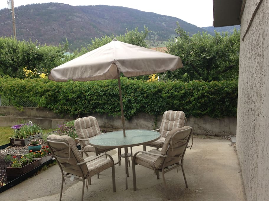 Your private yard and dining