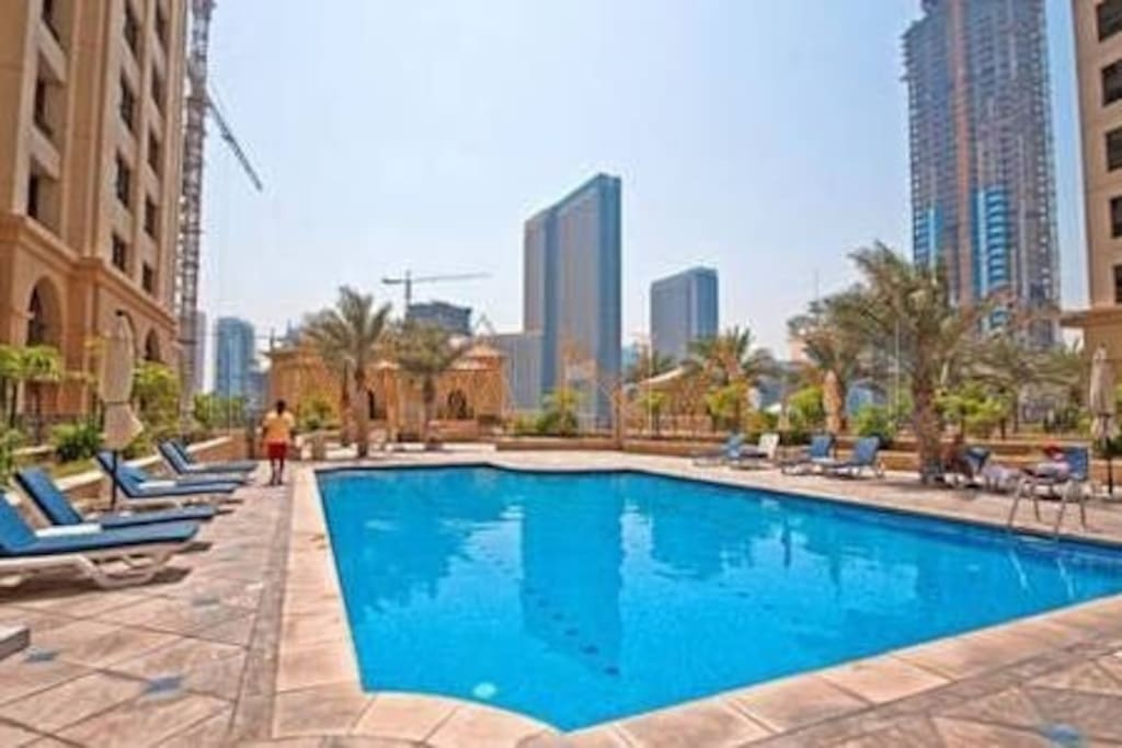 Swimming pool-free access