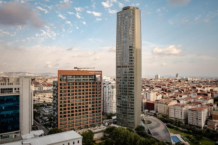 Bomonti - Şişli: bright modern studio with a view