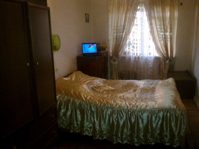 comfortable room for two person - Gori - Apartament