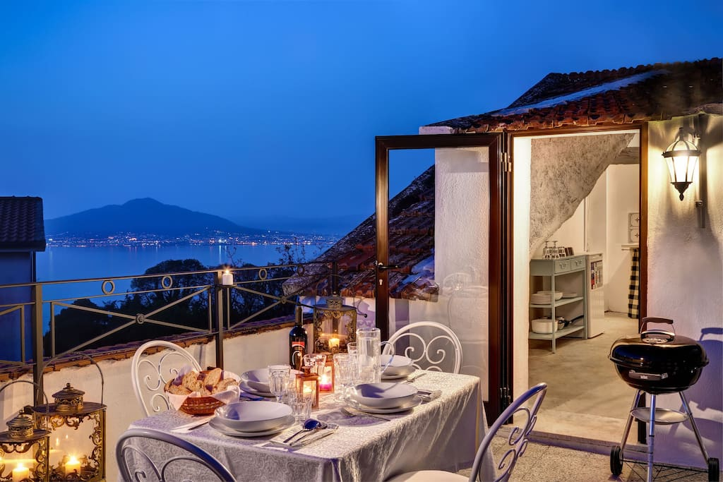 Terrace with nice sea view to enjoy a romantic dinner
