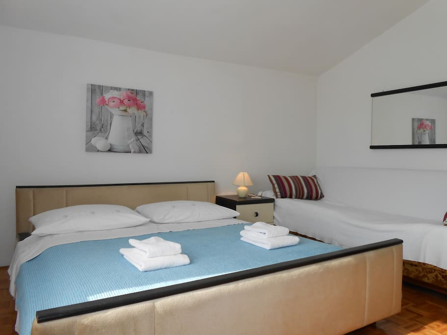 Room jelena room with breakfast chambres d 39 h tes for Chambre hote zadar