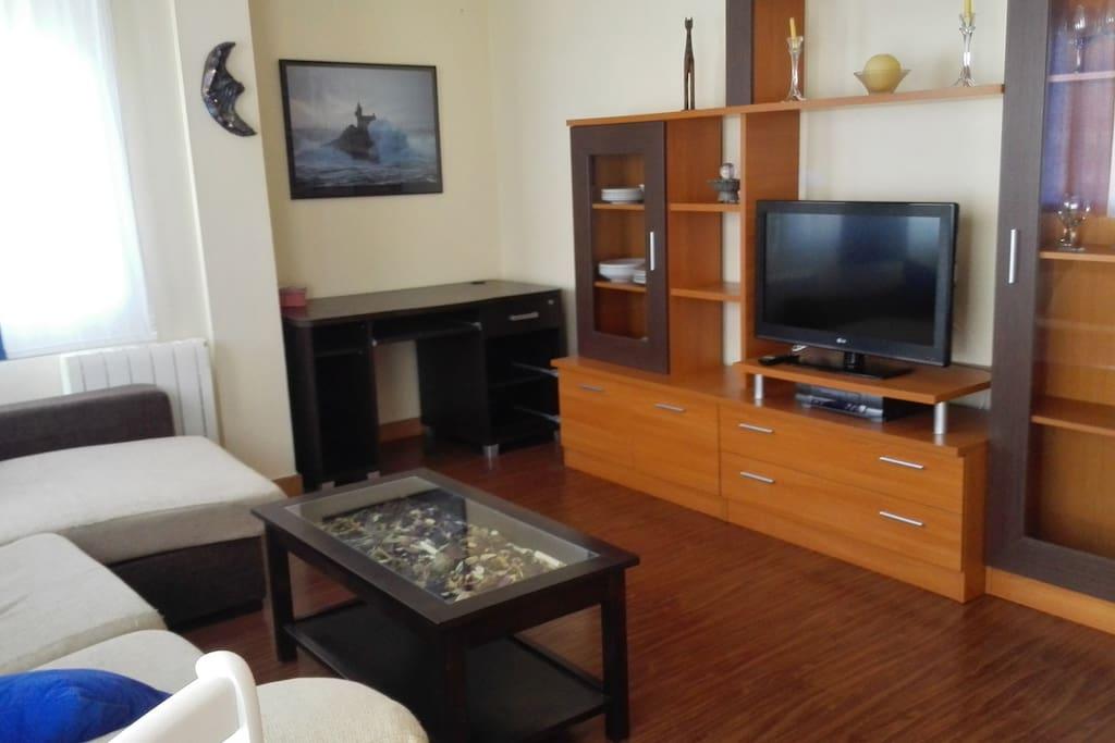 Salon con TV