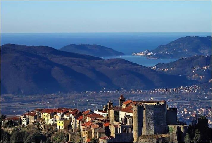 Vista magnifica Mare e Castello - Fosdinovo - Leilighet