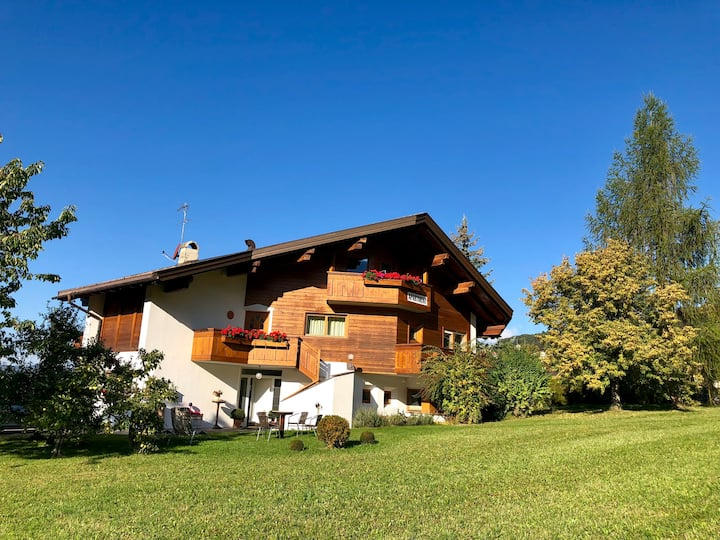 Lovely apartment in the center of Siusi -Dolomites