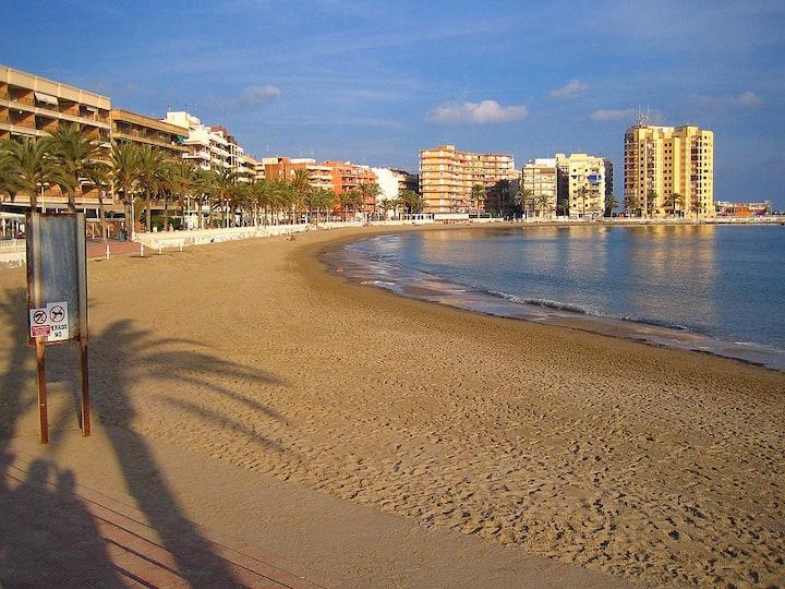 For rent apartment La Mata. Spain