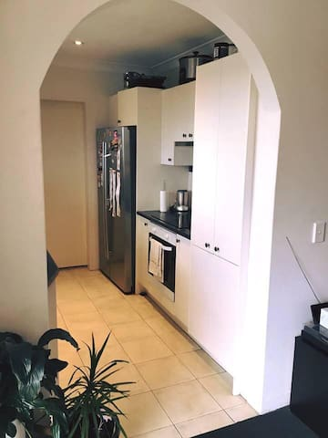 Double room in Manly available from 17th Sept