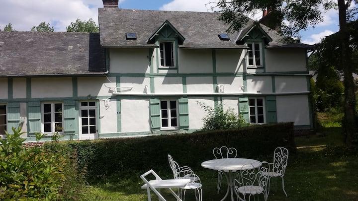 Pav Joséphine ds parc château LXIII