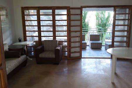 Spacious Apartment Chalet next 2 Faraya Ski Slopes - Rayfoun