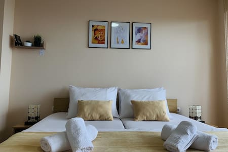 Room 2 Pendik Apartments Lake View