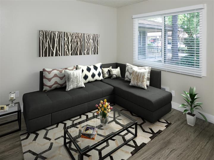 Your home away from home | 2BR in Lake Oswego