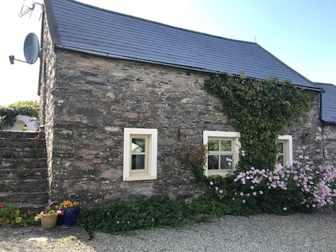 Ancaire Cottage Kilbronogue. Schull