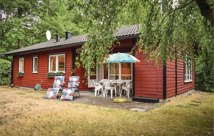 Beautiful home in Hjärnarp with Sauna and 3 Bedrooms