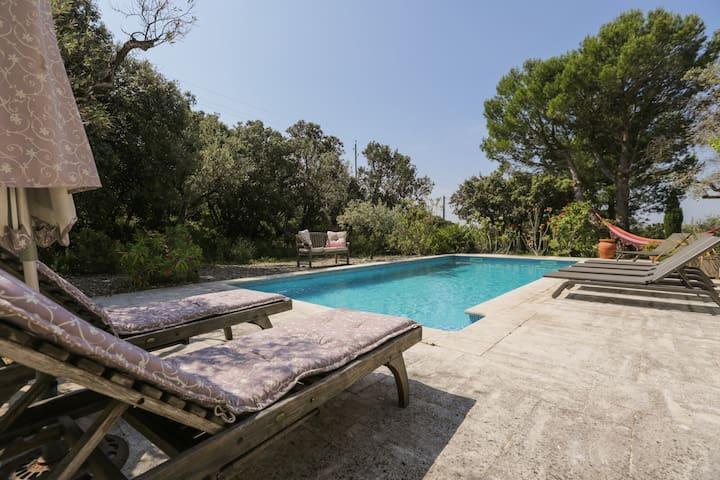 le luberon : vue sur la piscine - Lagnes - Casa