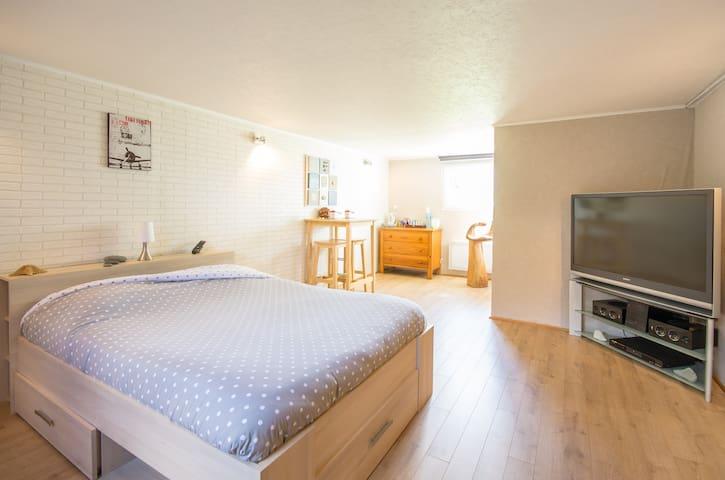 Chambre cosy au coeur du Tregor - La Roche-Derrien