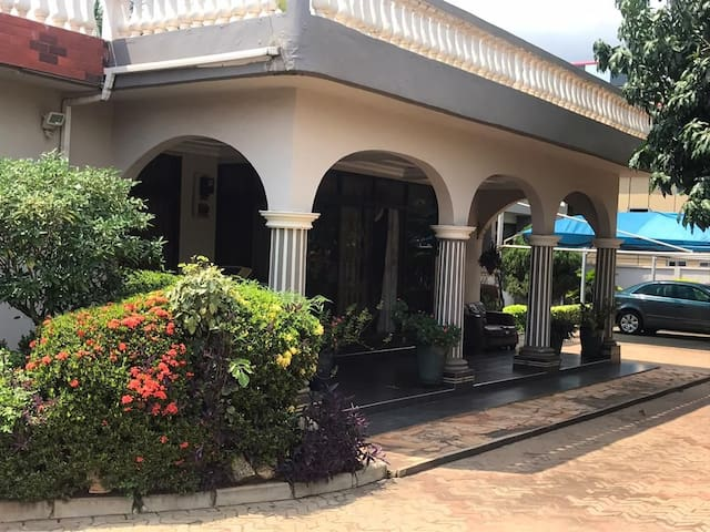 Vera's Villa