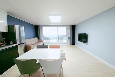 little prince hotel(903호) 군산 새만금의 콘도형 호텔 (31평형)