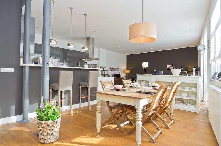 Modern loft - 125m2 - 1 bedroom