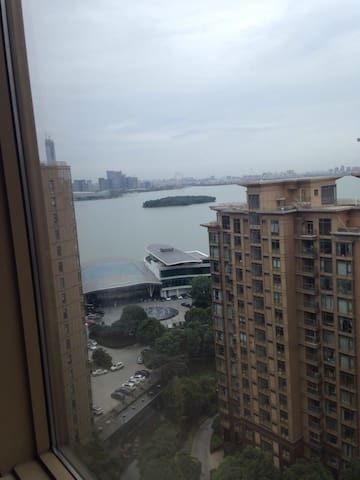 Great location . Lake view - Suzhou - Byt