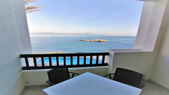 PUNTA ROMANA apartment incredible views of the sea and the pool for 6 people