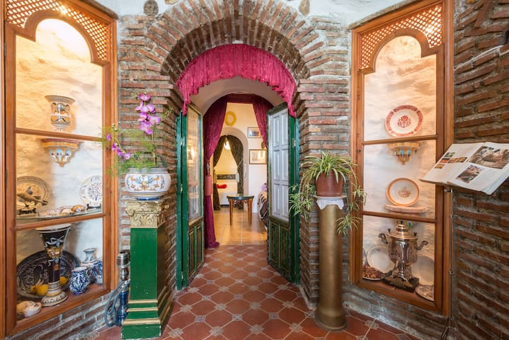 Granada a tus pies (Albaicín) Gra - 格拉納達 - 家庭式旅館