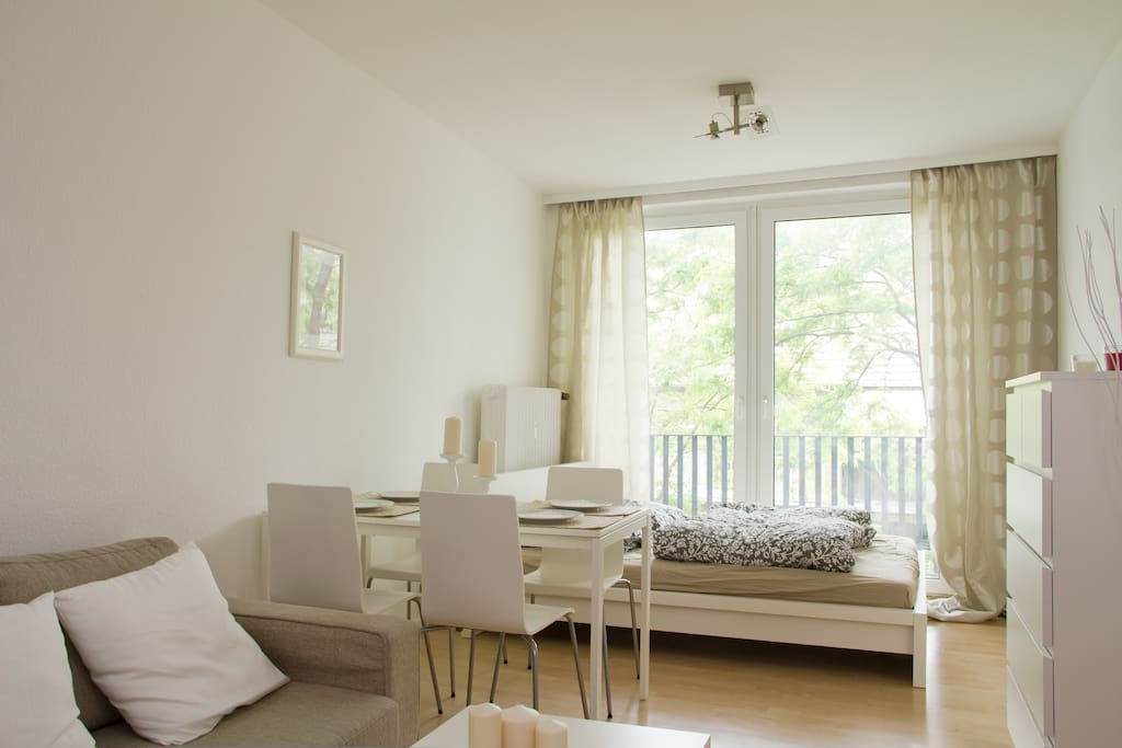 2 central downtown best location k ln apartments for rent in k ln nordrhein westfalen germany. Black Bedroom Furniture Sets. Home Design Ideas