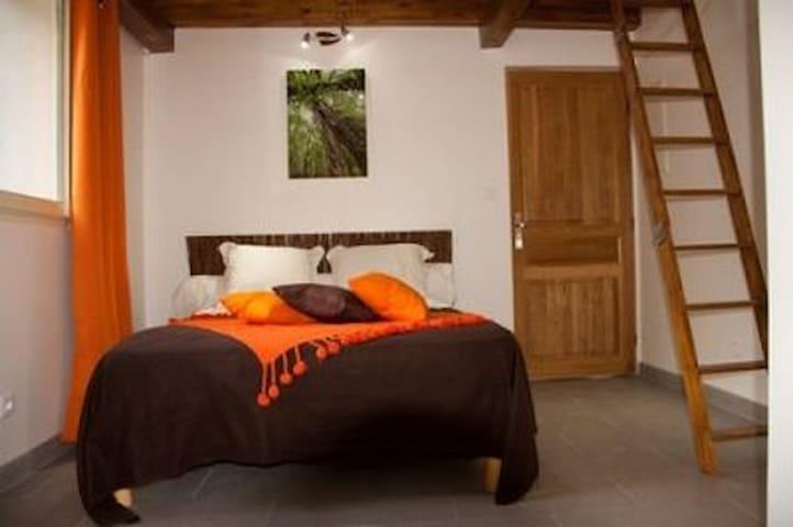 Chambre d'hôte MARIGABY vue montagne - Barbaggio