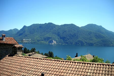 Wonderful lake view, big apartment - Ghiffa - Haus