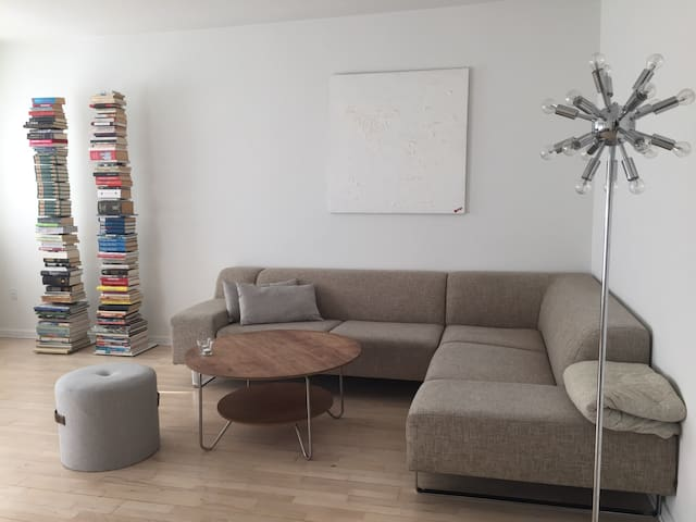 Room in large and bright apartment - Copenhagen