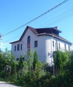 комната в коттедже - Novosaratovka
