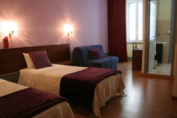HotelEstorilPorto - Double Standard - Porto - Bed & Breakfast