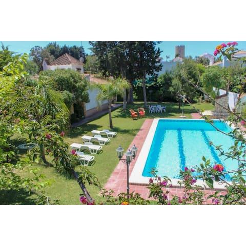 Villa Las Carmenes, piscina privada
