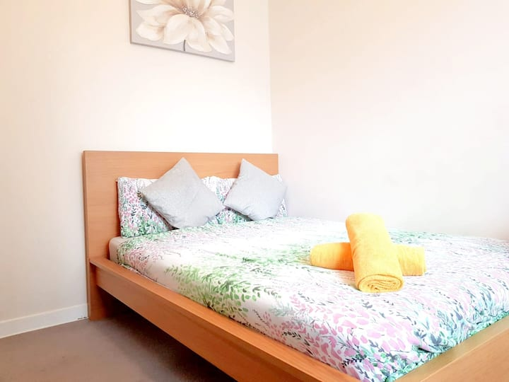 Double Room next to Waterloo Station- 2