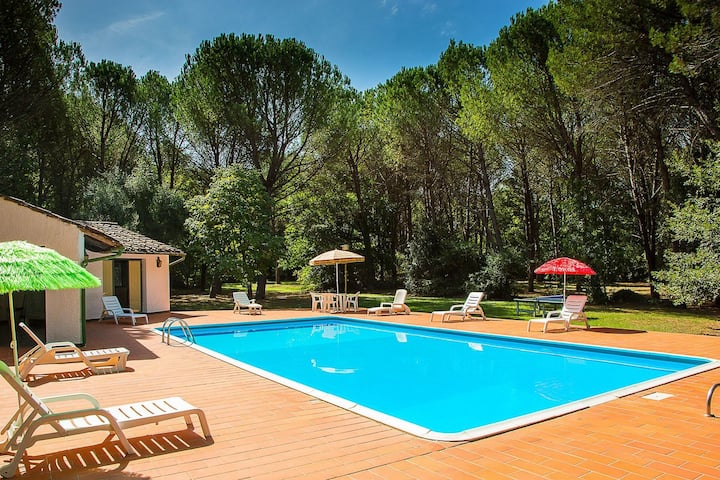 Gorgeous Holiday Home in Montecatini Val di Cecina with Pool