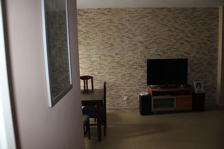 Habitación tranquila, bien situada - Cádiz - Dom