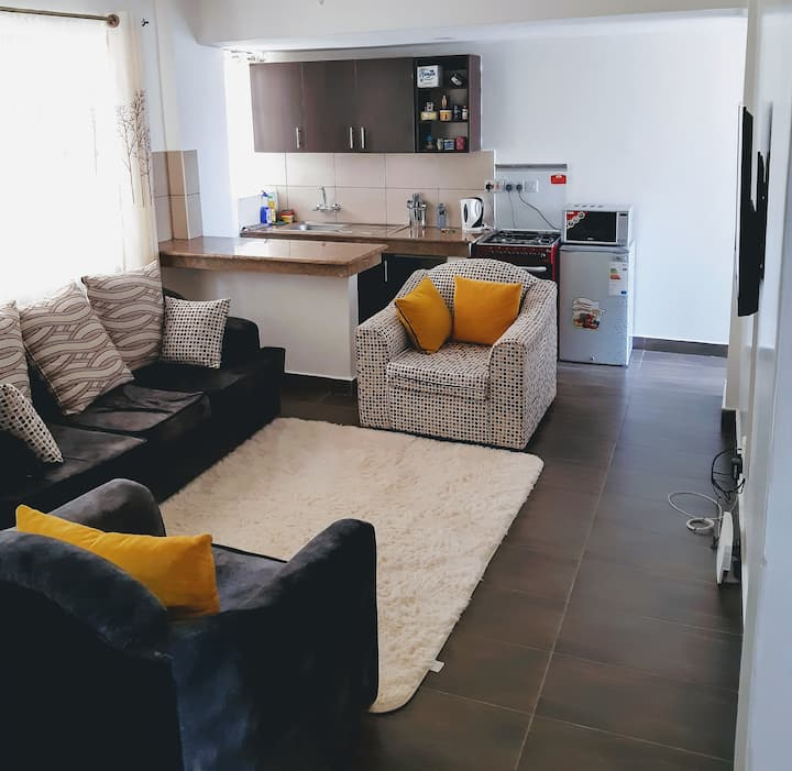 Modern, 5✰ Hotel Quality 1Bedrm Gem + Lift + WIFI