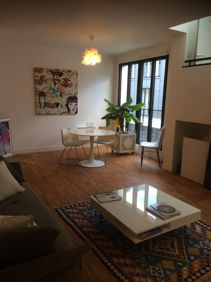 Superbe loft de 55 m2 proche de Paris 18ème