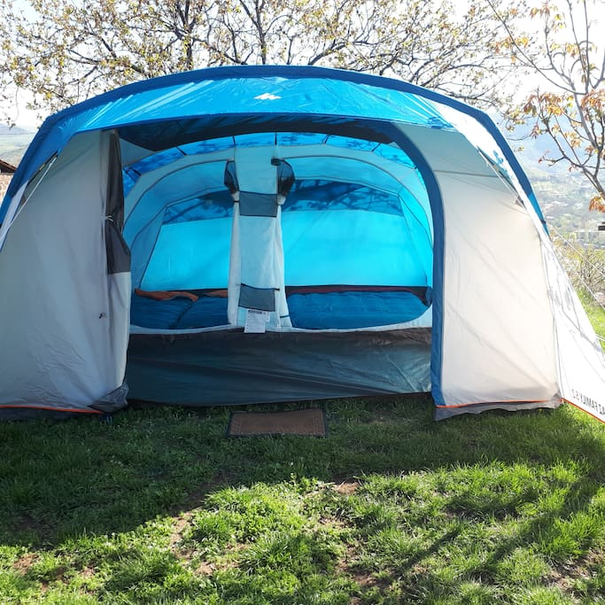 Big tent 4 persons and you can stand straight