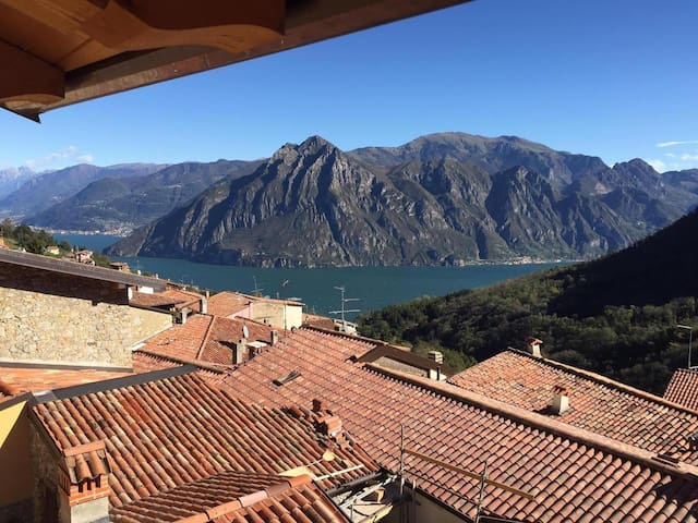 Holiday house with lovely Iseo Lake view - Fonteno - Appartement