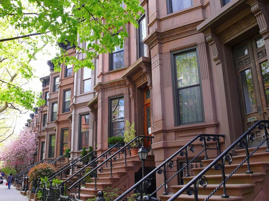 Stunning park ave brownstone house townhouses for rent for Townhouse for rent nyc