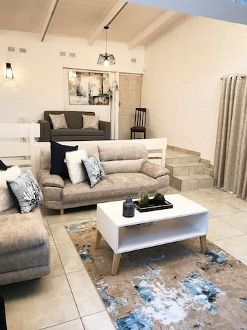Charming Durban Home centrally located in Musgrave
