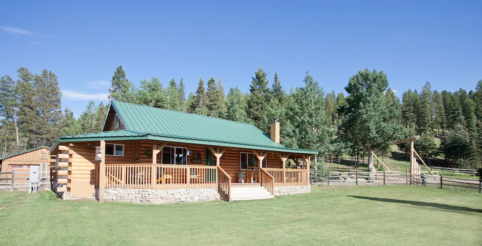 Two Bears Ranch Cabin