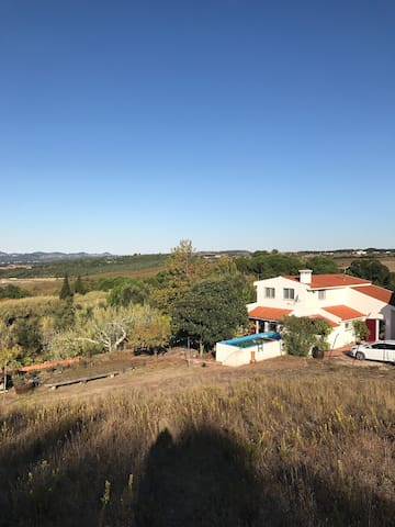 Casa do Monte -  O campo perto da cidade