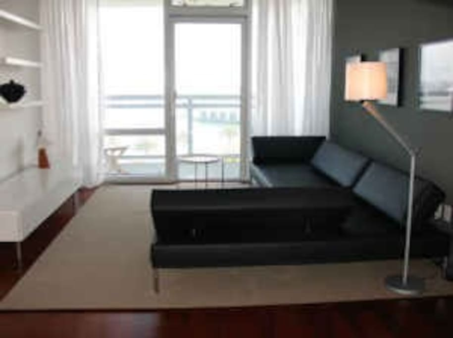 Luxury 2BR suite with waterview