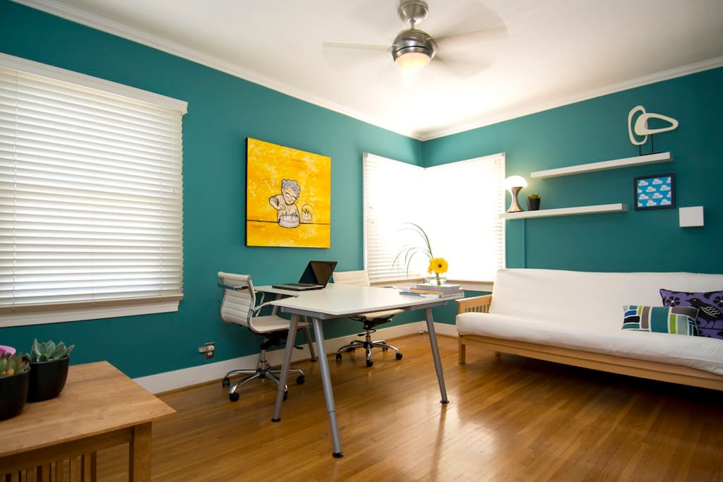 2nd upstairs guest room/office
