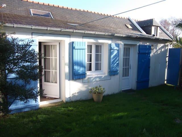 Petite maison à Belle île en Mer - Le Palais - Hus